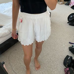 White detailed high waisted Lounge shorts